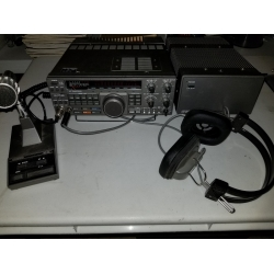 TS-440S with supply, mike, phones